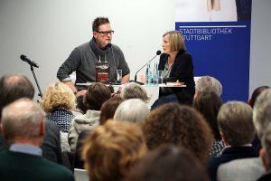 Im Gespräch mit der Moderatorin des Abends, Silke Arning, über die politischen Hintergründe der Rattenlinien